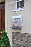 Die Briefkastenfirma Kikkerkoning brievenbus